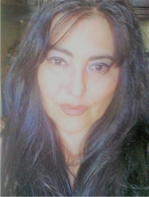 Esta imagem tem um texto alternativo em branco, o nome da imagem é Celia-Moura.jpg